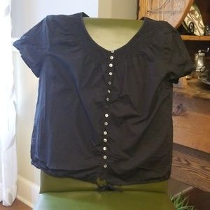 Blouse with tie string
